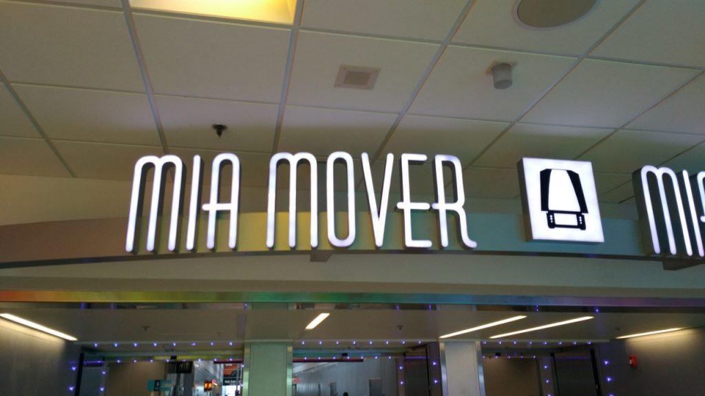 Como ir do aeroporto de Miami para Downtown