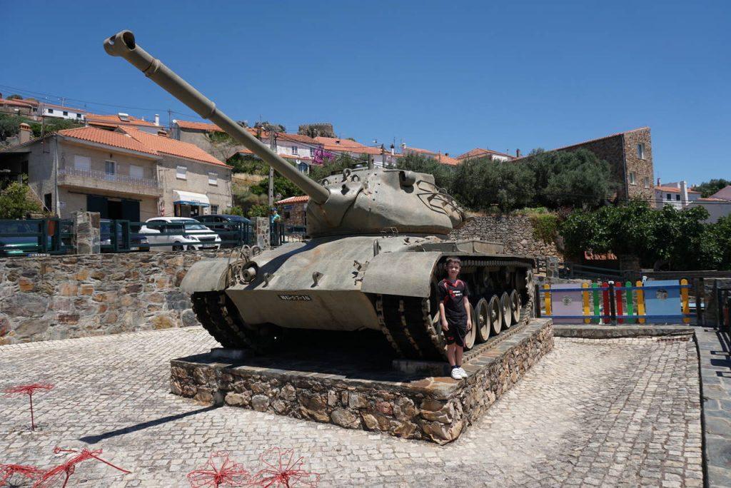 Monumento à Guerra do Ultramar