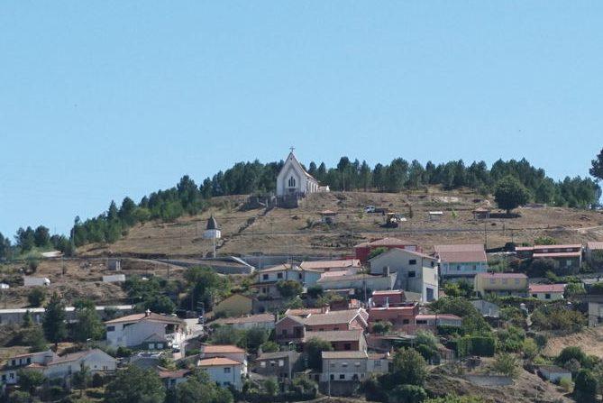 Capela de Vila Pouca de Aguiar.
