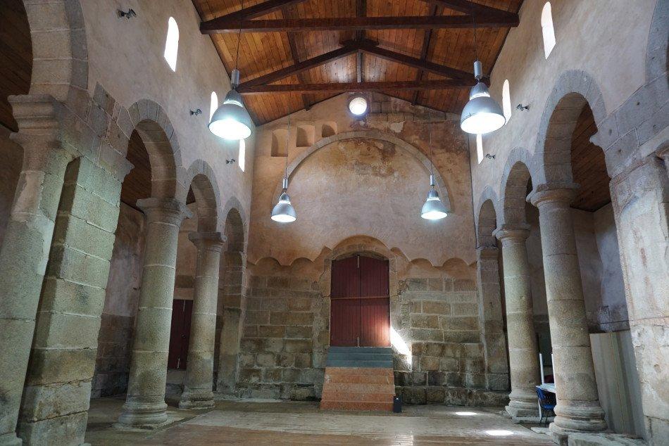 Interior da Sé Catedral de Idanha-a-Velha.